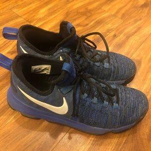 KD Nike zoom Kevin Durant sneakers